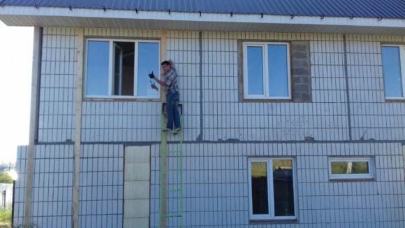 Строю дом на продажу: пока работы выполняем своими силами